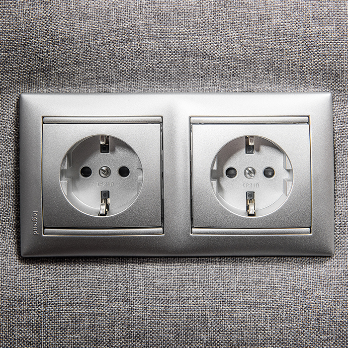 extras & options Extras & Options colunex power plug