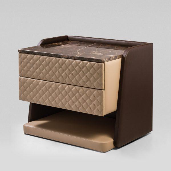 Cabeceira Cosmopolitan colunex cosmopolitan side table 01 1 600x600