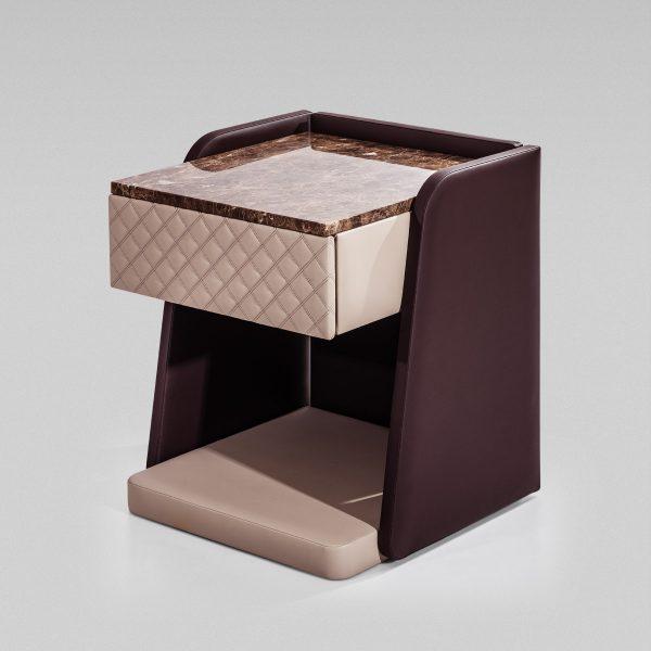 Cabeceira Cosmopolitan colunex cosmopolitan side table 02 600x600