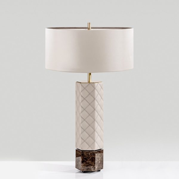 Cabeceira Cosmopolitan colunex cosmopolitan table lamp 01 600x600