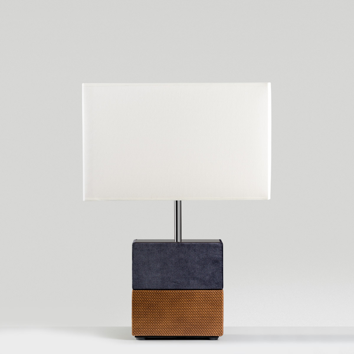 flare Flare Table lamp colunex flare table lamp 02